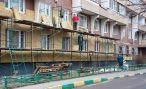 Власти Алтая поставили цель за 30 лет отремонтировать все дома в регионе