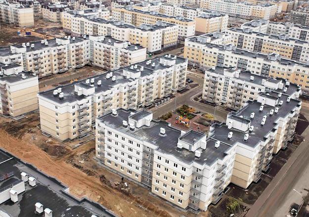 В России строится примерно 100 объектов военной инфраструктуры