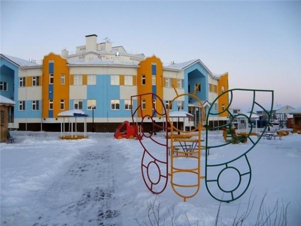 В Салехарде открылся новый детский сад в виде чума