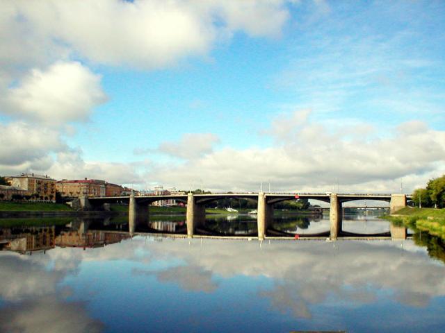 новый мост в Твери через Волгу