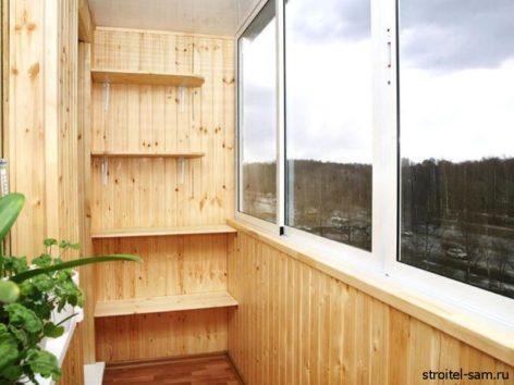 раздвижные алюминиевые окна на балконе