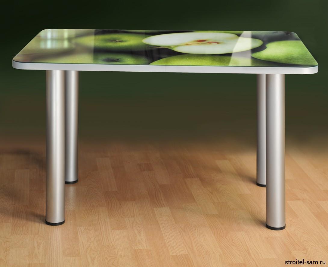 Зеленый стеклянный стол